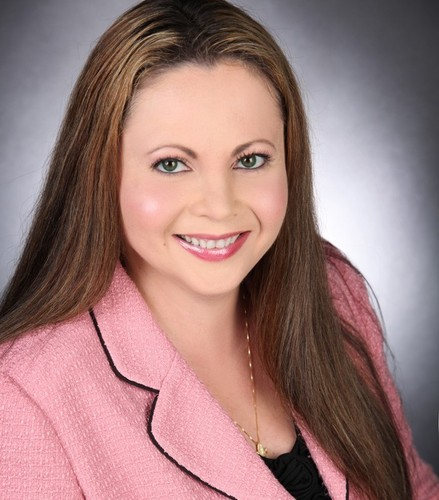Investigative Reporter Julia Davis